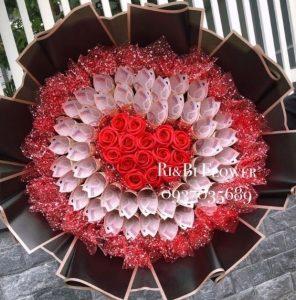 Hoa tiền 50k hình tim